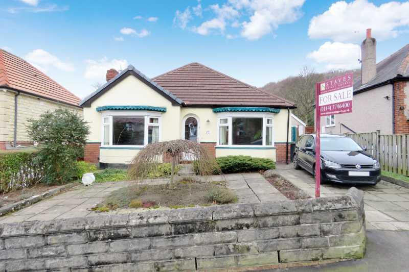 3 Bedrooms Detached Bungalow for sale in 17 Bocking Lane Beauchief, Sheffield, S8 7BG
