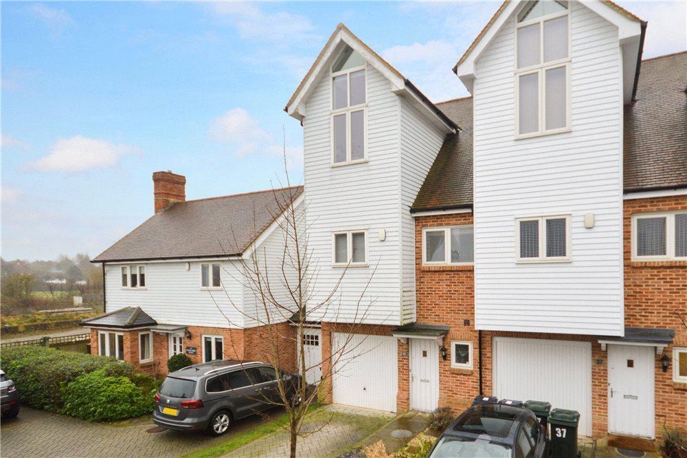 3 Bedrooms Terraced House for sale in Havillands Place, Wye, Ashford, Kent