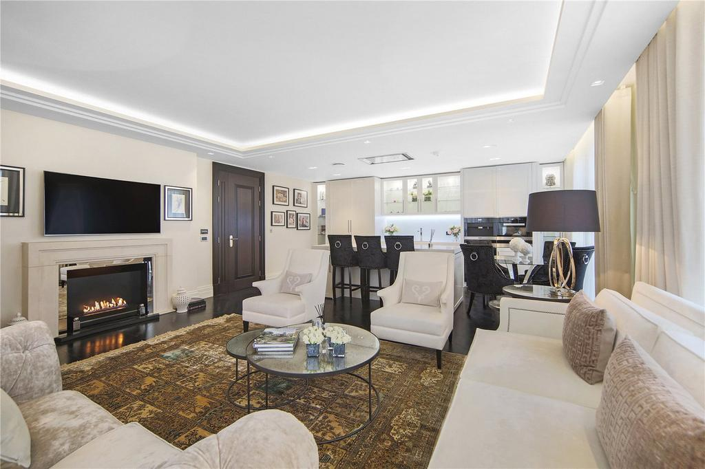 3 Bedrooms Apartment Flat for sale in Strand, Covent Garden, WC2R