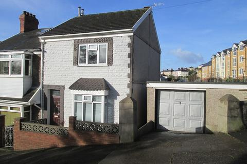 3 bedroom end of terrace house for sale - Margaret Terrace, St. Thomas, Swansea, City And County of Swansea.