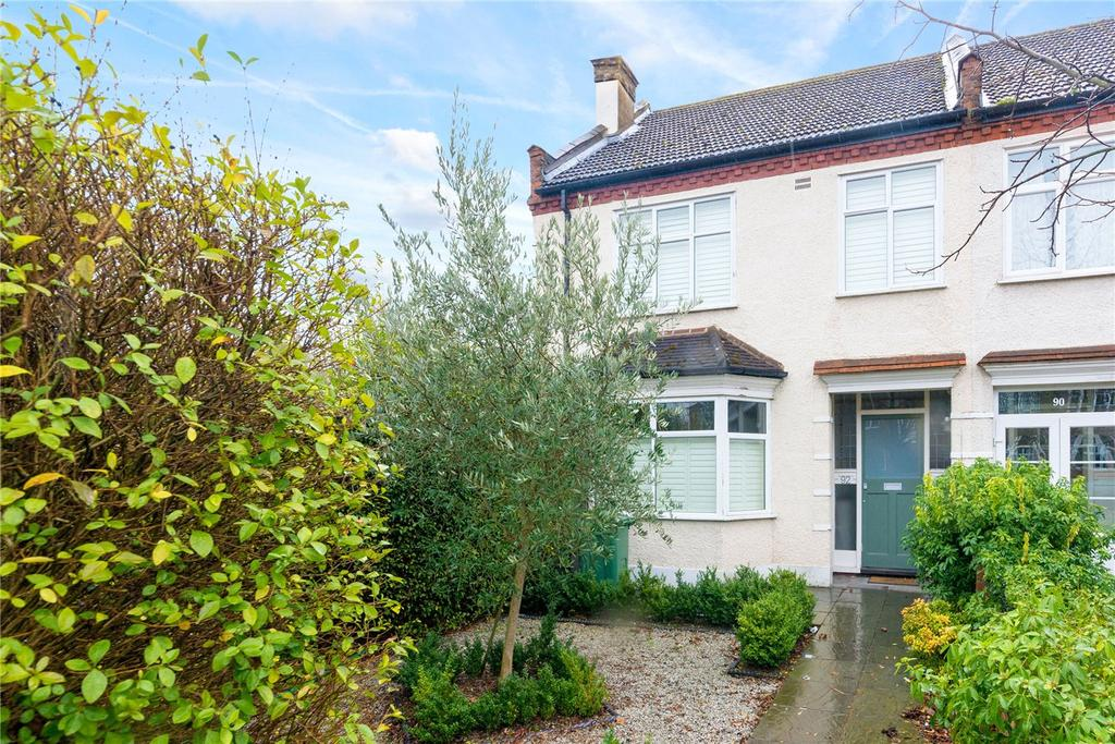 4 Bedrooms End Of Terrace House for sale in Chestnut Road, London, SE27