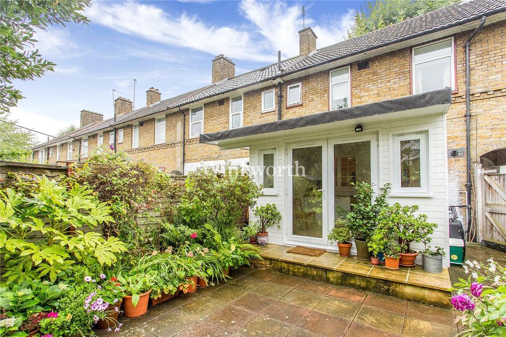 3 Bedrooms Terraced House for sale in Gospatrick Road, Tottenham, N177EG