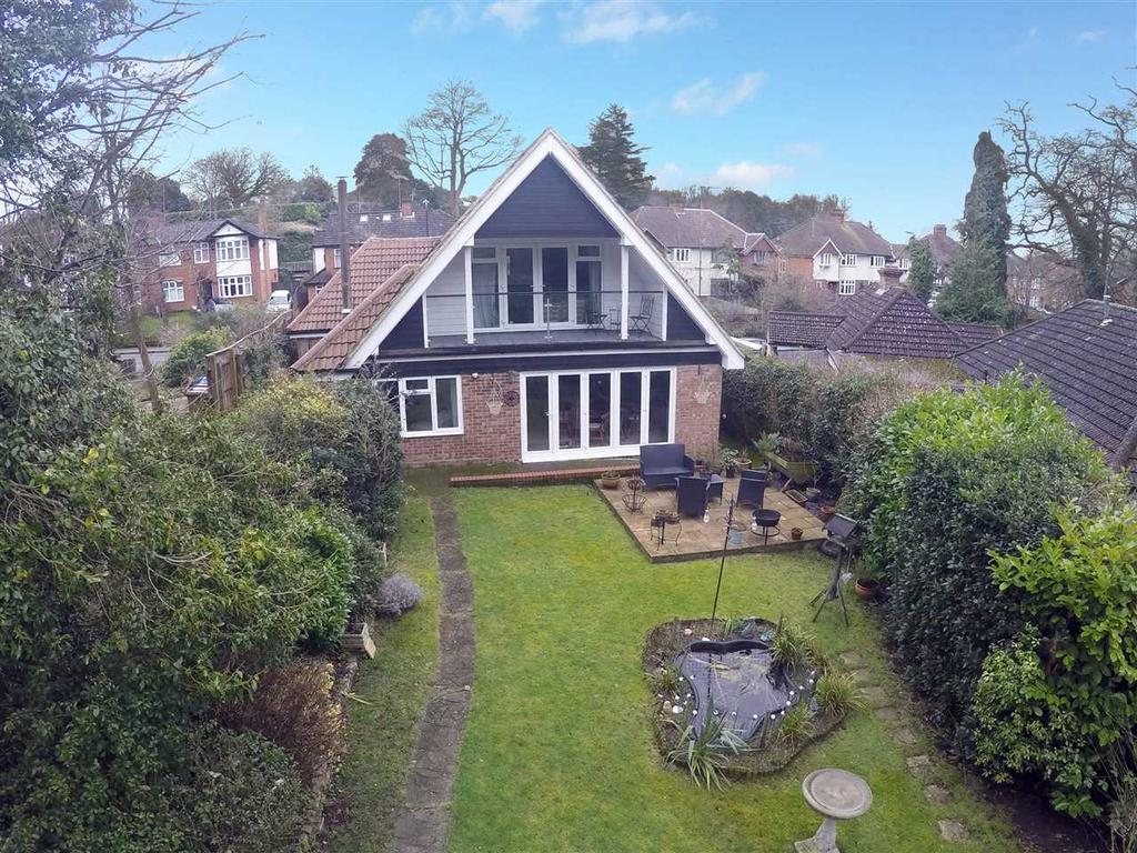 4 Bedrooms Bungalow for sale in Tuddenham Road, Ipswich