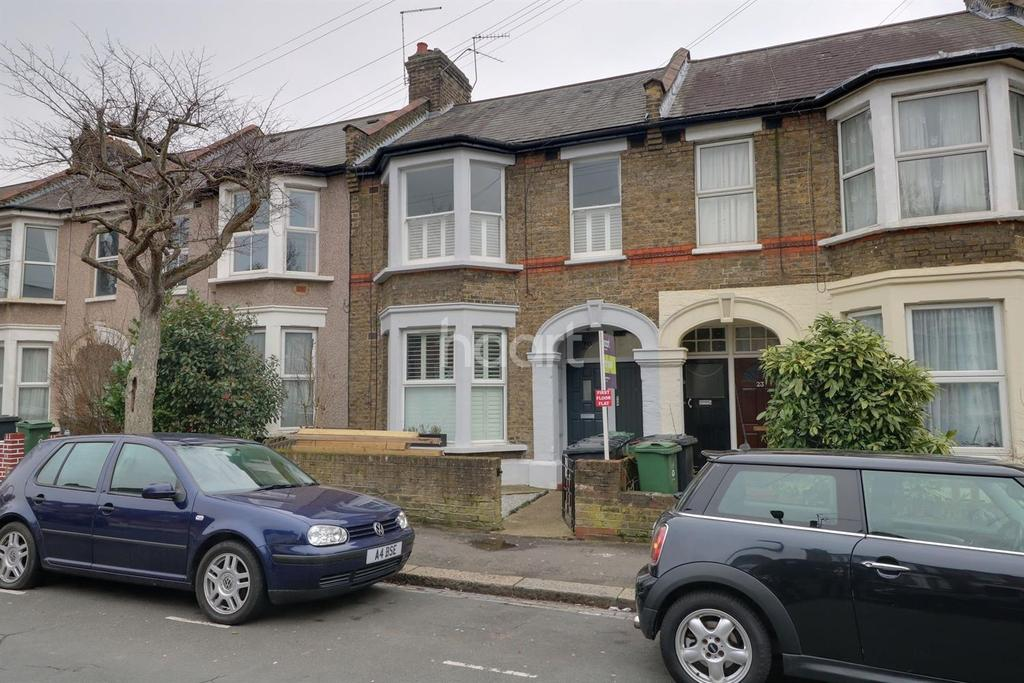 2 Bedrooms Flat for sale in Huxley Road