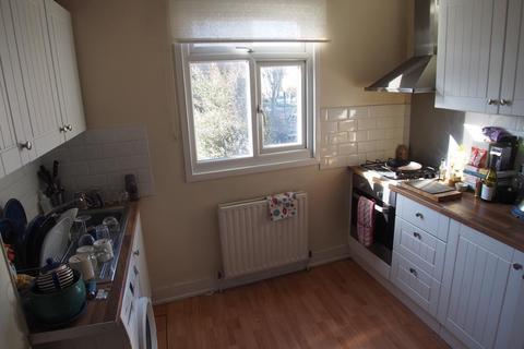 2 bedroom flat to rent - Evershot road, finsbury park, London, N4 3BU