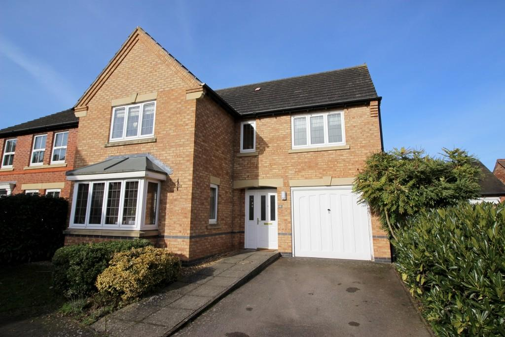4 Bedrooms Detached House for sale in Packhorse Road, Stratford Upon Avon