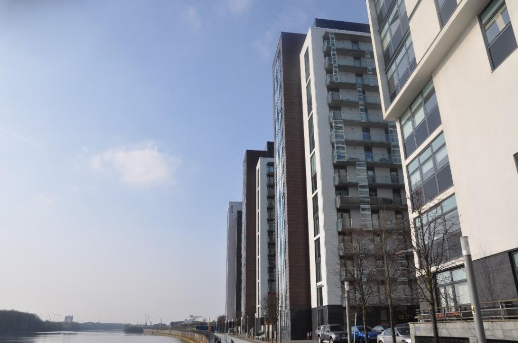 2 Bedrooms Flat for rent in Castlebank Place, Flat 6/2, Glasgow Harbour , Glasgow, G11 6BX