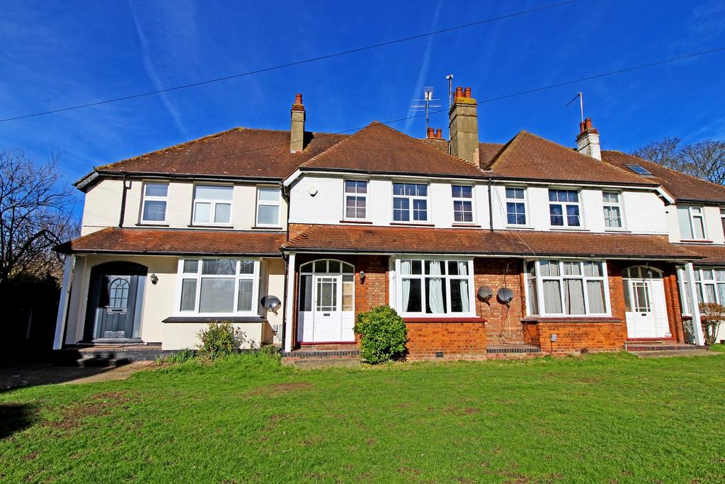 4 Bedrooms Terraced House for sale in Temple Gardens, Letchworth Garden City, SG6