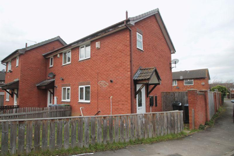 2 Bedrooms Terraced House for sale in Hadleigh Crescent, Middlesbrough