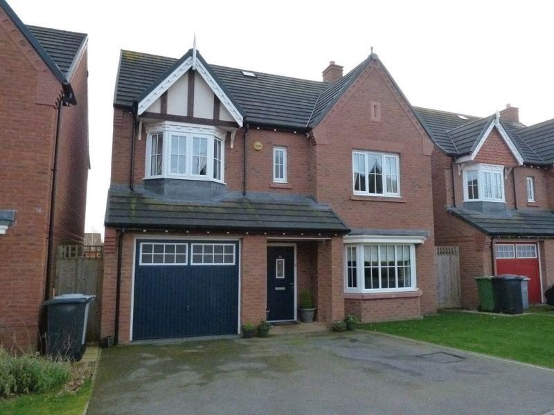5 Bedrooms Detached House for sale in Hastings Road, Nantwich