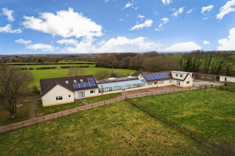 13 Bedrooms Detached House for sale in Seckington Lane, Winkleigh