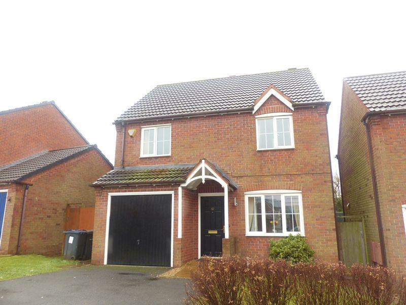 3 Bedrooms Detached House for sale in Crofters Lane, Four Oaks, Sutton Coldfield