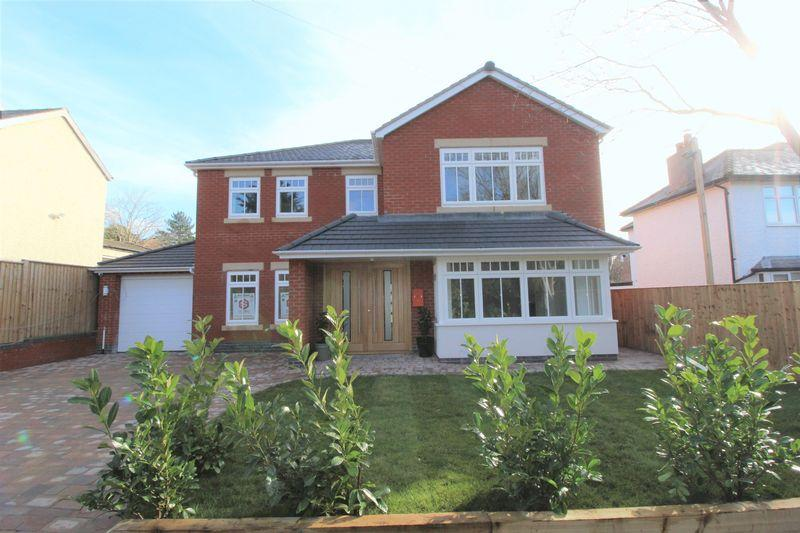 4 Bedrooms Detached House for sale in Sandfield Park, Lower Heswall