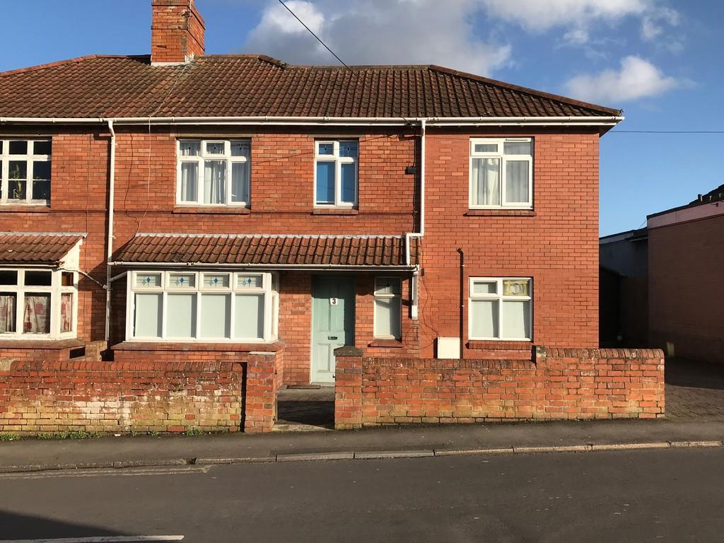 4 Bedrooms Semi Detached House for sale in Ivythorn Road, Street