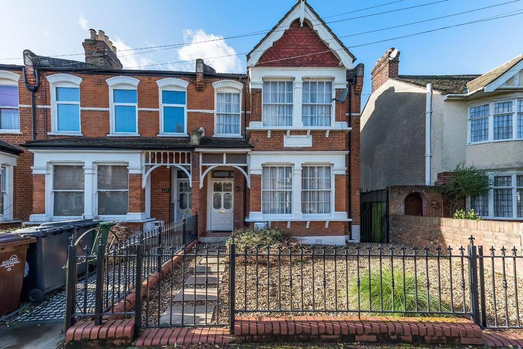 4 Bedrooms End Of Terrace House for sale in Poppleton Road, Upper Leytonstone