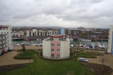 2 bedroom flat to rent - Harbourside, The Crescent