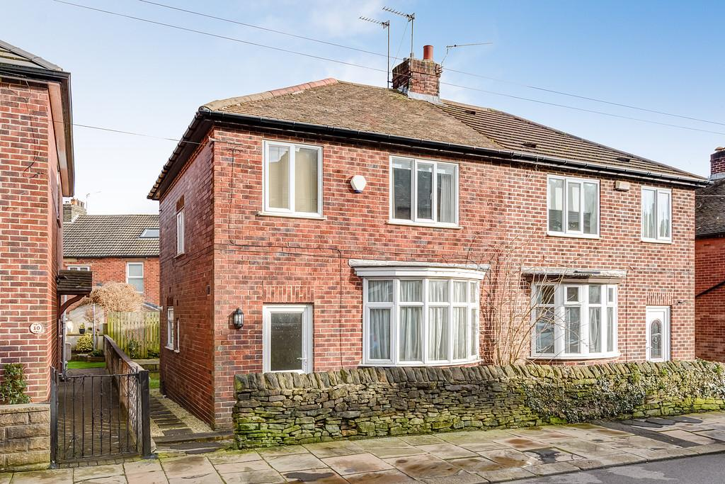 3 Bedrooms Semi Detached House for sale in Tasker Road, Crookes, Sheffield