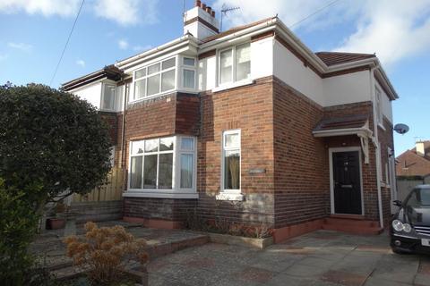 3 bedroom semi-detached house for sale - 29 Penrhyn Isaf Road, Penrhyn Bay, LL30 3LT