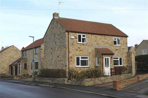 4 bedroom detached house for sale - Montalbo Road, Barnard Castle, County Durham