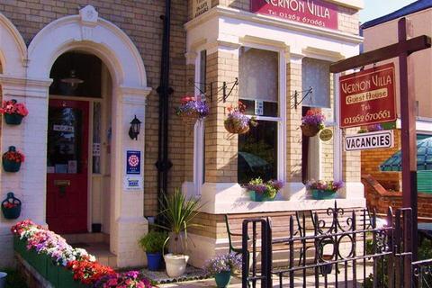 Guest house for sale - Vernon Road, Bridlington, East Yorkshire