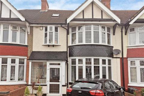 5 bedroom terraced house for sale - Ashburton Avenue, Ilford, Essex