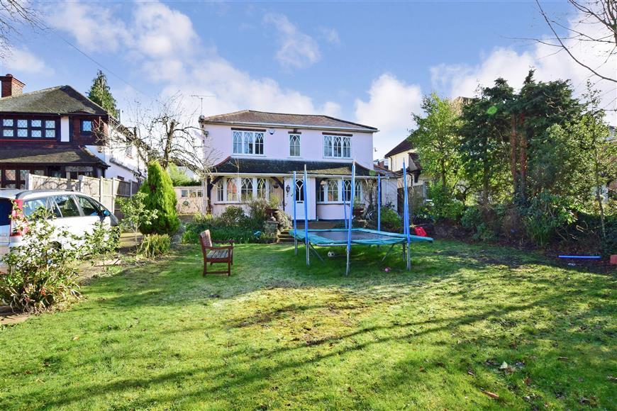 Bed House For Sale In Buckhurst Hill