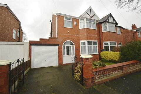 3 bedroom semi-detached house to rent - Manor Road, Stretford, Manchester