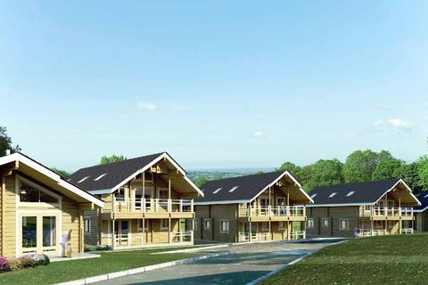 2 bedroom detached bungalow for sale - Crowhurst Park, Telham Lane