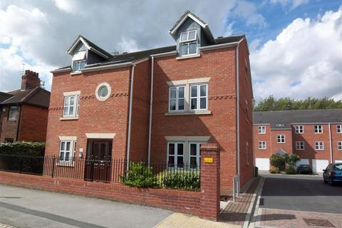 2 bedroom flat to rent - HEWORTH MEWS, HEWORTH, YORK, YO31 7XX