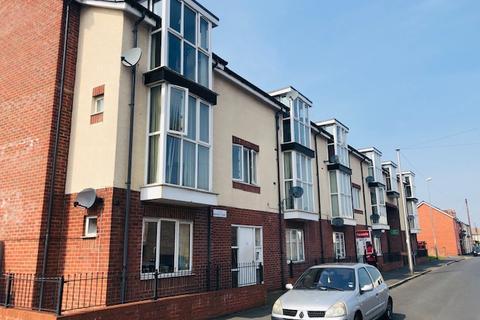 2 bedroom apartment to rent - Monarchs Court, Cook Street , Wednesbury WS10
