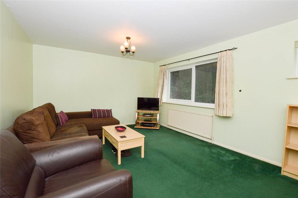 2 Bedrooms Apartment Flat for sale in St. Albans Road, Watford, Hertfordshire, WD25