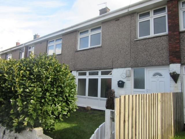3 Bedrooms Terraced House for rent in Heol Awstin, Ravenhill, Swansea. SA5 5EF