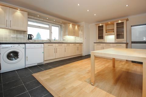 3 bedroom apartment to rent - High Road, North Weald CM16