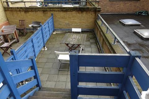 2 bedroom flat to rent - Albany Court, Plumbers Row, Aldgate East , London E1