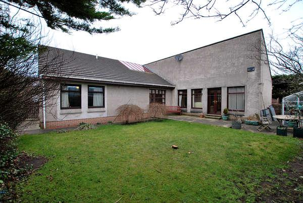 2 Bedrooms Detached Bungalow for sale in 10 James Street, Prestwick, KA9 1SJ