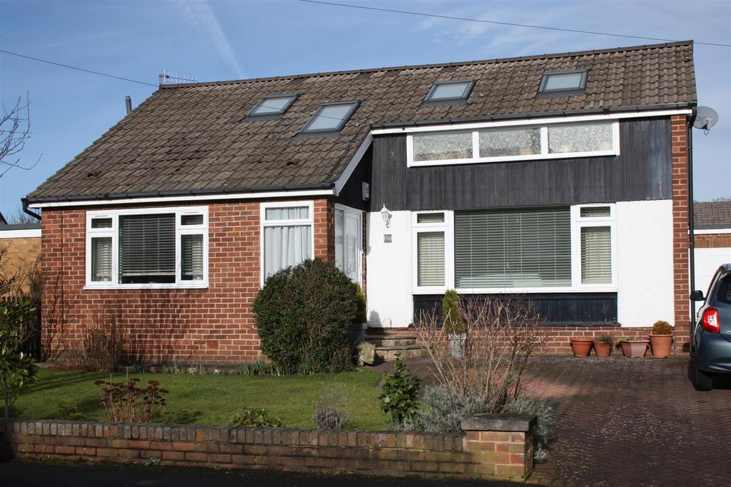 3 Bedrooms Detached House for sale in St. Richards Road, Otley
