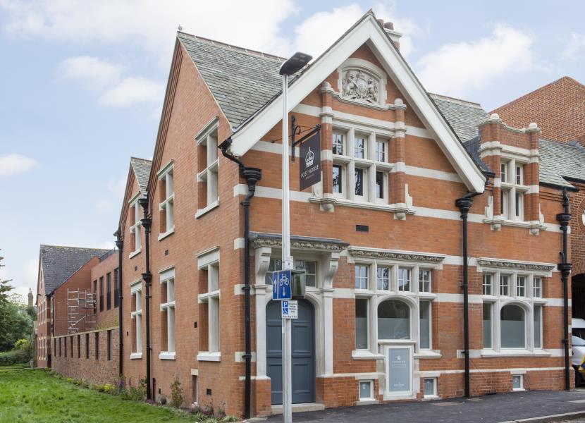 2 Bedrooms Apartment Flat for sale in Post House Apartments, Woodford Green