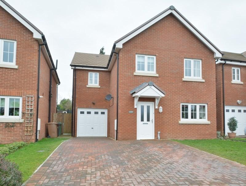 4 Bedrooms Detached House for sale in Weyhill Gardens, Weyhill, Andover