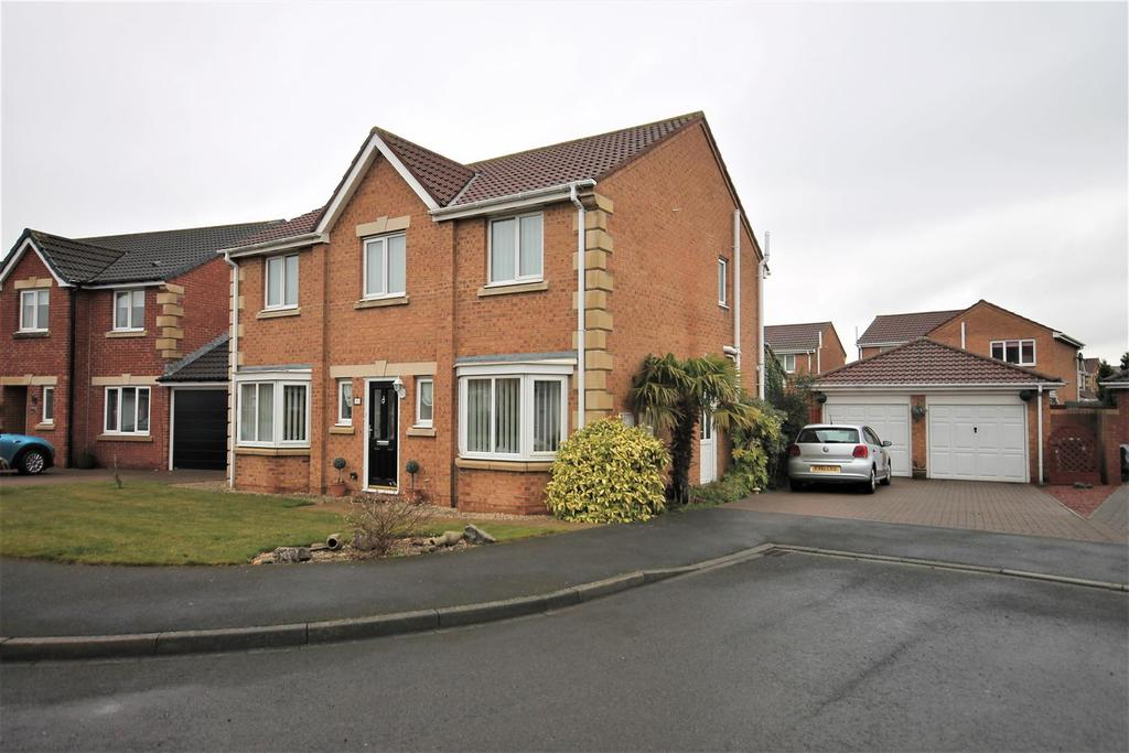 4 Bedrooms Detached House for sale in Sugar Loaf Close, Ingleby Barwick, Stockton-On-Tees
