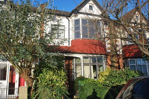 5 bedroom semi-detached house to rent - Hampden Avenue Beckenham BR3