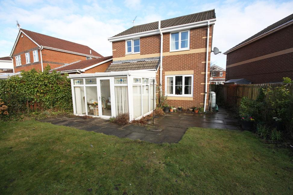 3 Bedrooms Detached House for sale in Warkworth Drive, Deneside View, Chester-le-Street DH2 3TH