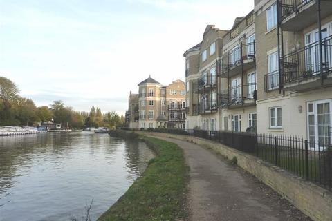 2 bedroom apartment to rent - Regents Riverside, Brigham Road, Reading