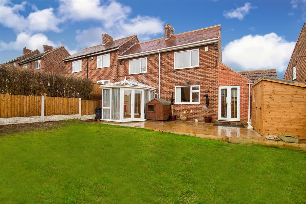 2 Bedrooms Semi Detached House for sale in Addison Road, Maltby, Rotherham