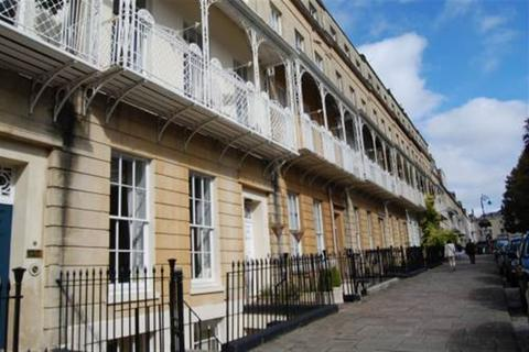2 bedroom flat to rent - West Mall, Clifton, Bristol