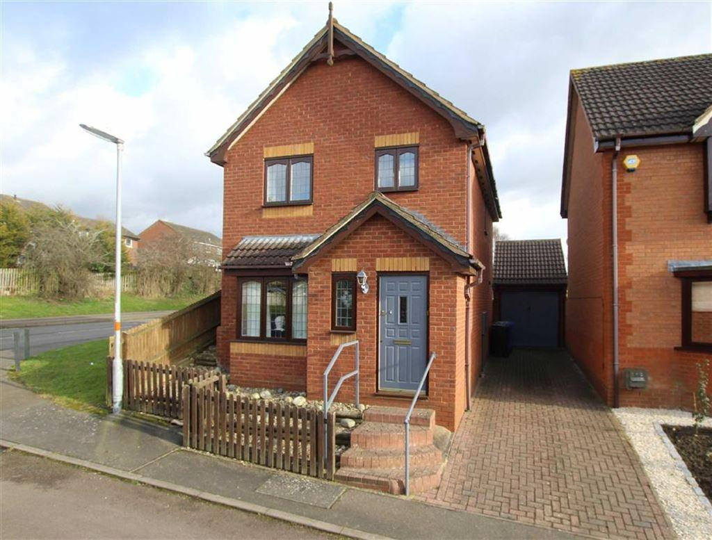 3 Bedrooms Detached House for sale in 1, Farthinghoe Close, Brackley