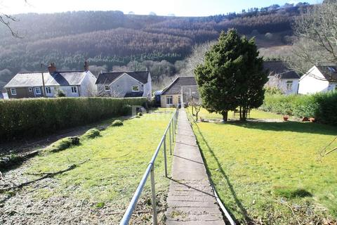 2 bedroom bungalow for sale - Rose Heyworth Road, Abertillery, Gwent