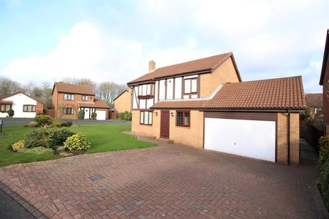 4 bedroom detached house to rent - Ely Close, High Heaton, Newcastle Upon Tyne
