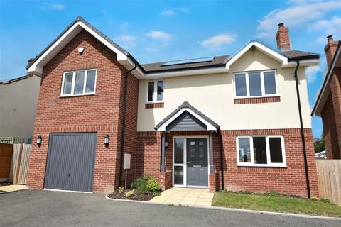4 bedroom detached house for sale - Plot 3, Middletown View, Bank Villa, Halfway House SY5 9DD