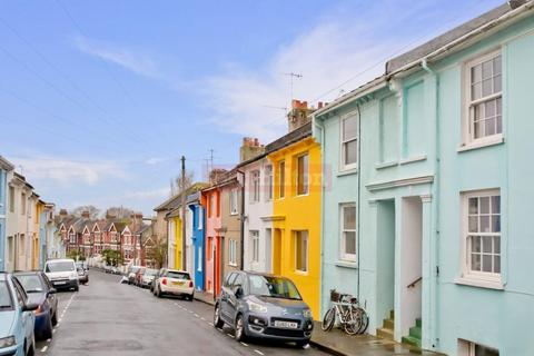 4 bedroom house for sale - Picton Street, Brighton