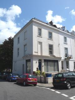 2 bedroom apartment to rent - Oakfield Road, Clifton